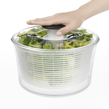 aox116-oxo-gg-5qt-salad-spinner-demo-w