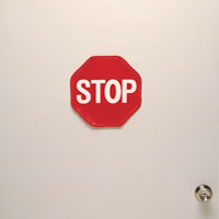 cpo409-posey-stop-sign-door