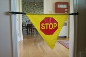 csm406-adjustable-stop-banner-w