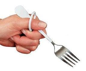 finger-loop-salad-fork