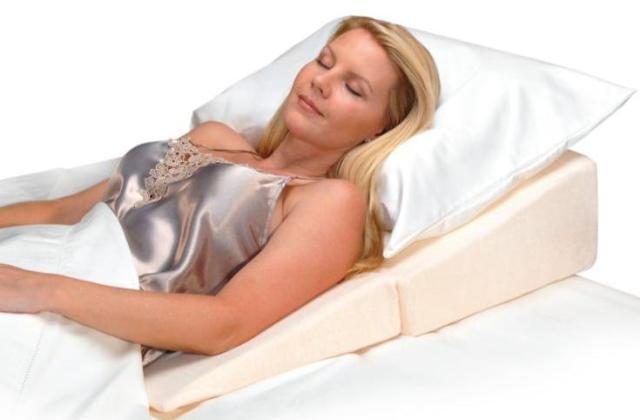 folding-wedge-cushion