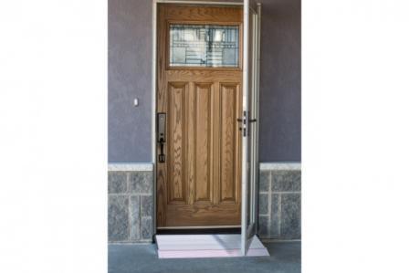 mez456-angled-entry-ramp-door-w