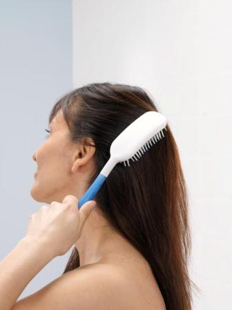 nc2837-body-care-brush-demo-2w