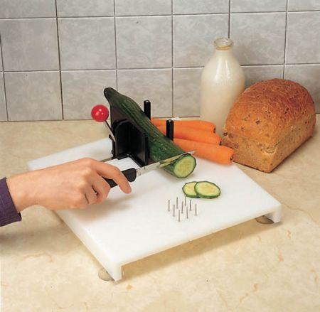 nc28502-swedish-cutting-board-4